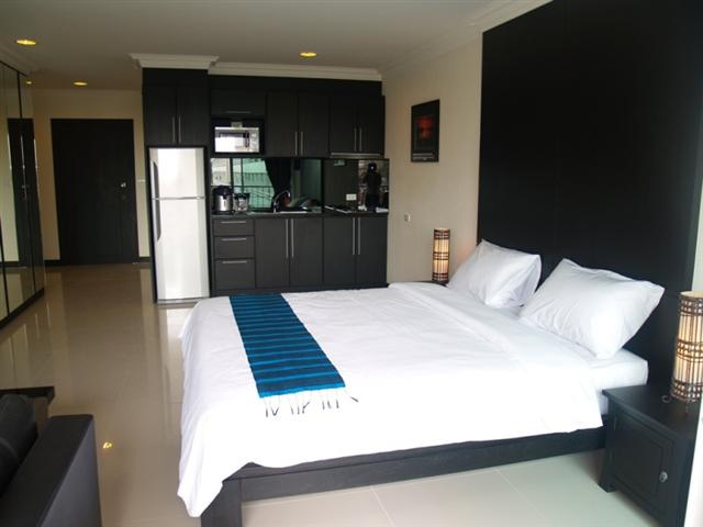 Platinum Suites- Studio for Rent - Condominium - Thepprasit - Thepprasit
