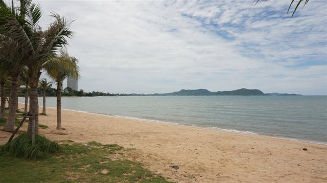 Land for sale far from beach 300m. - Land - Ban Amphur -